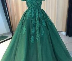 Beautiful green Prom..