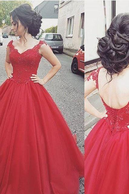 New Arrival Ball Gown Red Tulle Prom Dress With Caped Sleeve Lace Appliqued Bodice Women Formal Gowns Lace Up Pricess Wedding Dress