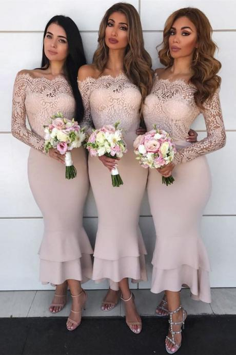 Sheath Off-the-Shoulder Long Sleeves Blush Bridesmaid Dress with Lace,2018 Plus Size Lace Bridesmaids Dresses,Long Sleeve Lace Prom Gowns , Party Gowns .