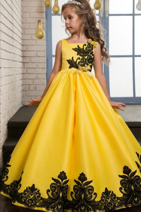 Cheap Yellow Satin Wedding Flower Girls Dresses, Pricess Flower Girls Gowns .A Line Girls Gowns .Black Lace Girls Gowns Pricess Girls Gowns ., Cheap Wedding Flower Girls Gowns ,A Line Party Gowns ,A Line women gowns