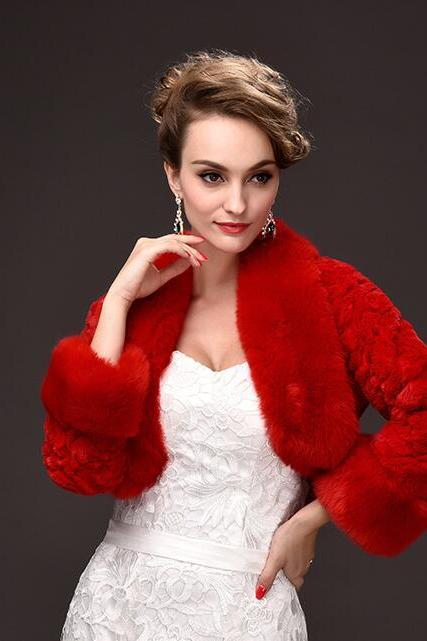 Vintage Red Warm Winter Wedding Jackets With Long Sleev Faur Fur Short Coats For Wedding ,Cheap Bridal Shawel Wrap For Bridal
