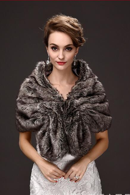 Vintage Warm Winter Wedding Jackets Faur Fur Short Coats For Wedding ,Cheap Bridal Shawel Wrap For Bridal