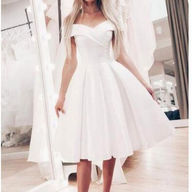 Sexy White Satin Sweet Short Homecoming Dress A Line Mini Cocktail Party Gowns ,Short Graduation Gowns